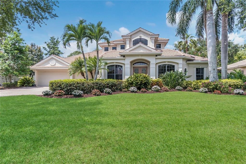 Single Family Home 8874  BLOOMFIELD BOULEVARD , SARASOTA for sale - mls# A4402730
