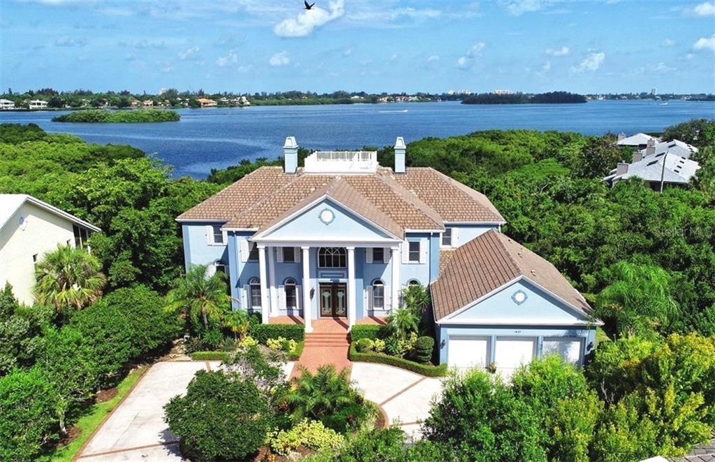 1427 Cedar Bay Ln Sarasota Florida 34231