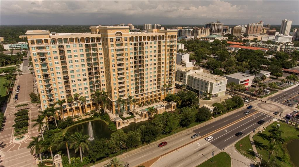 Condo 750 N TAMIAMI TRAIL , SARASOTA for sale - mls# A4413662