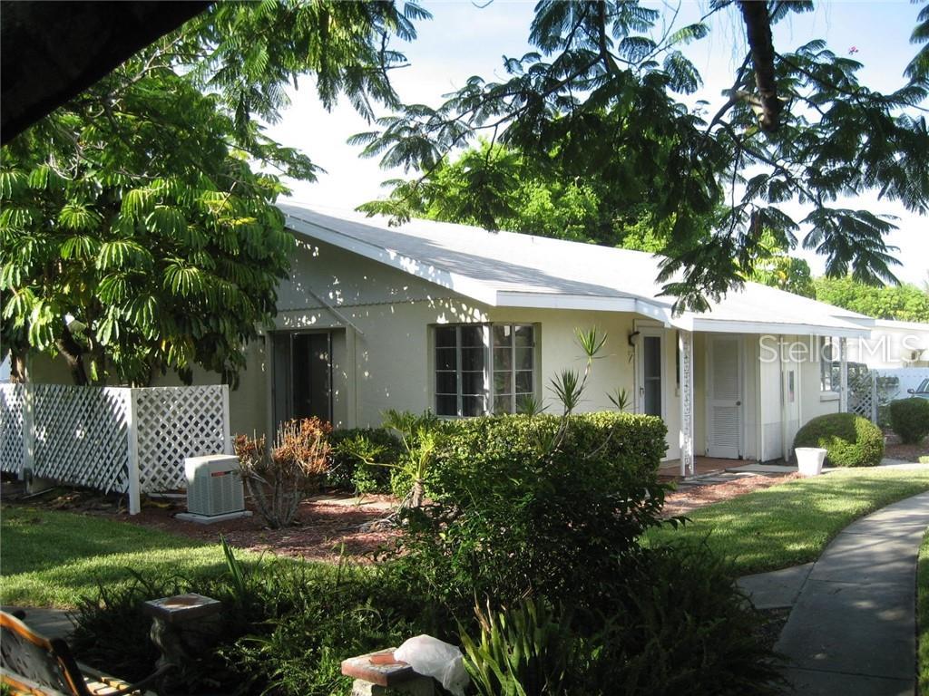170 Roosevelt Dr #7 Sarasota Florida 34236