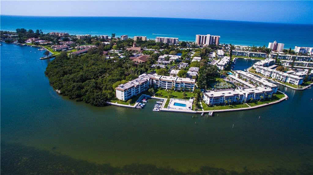 555 Sutton Pl Longboat Key Florida 34228