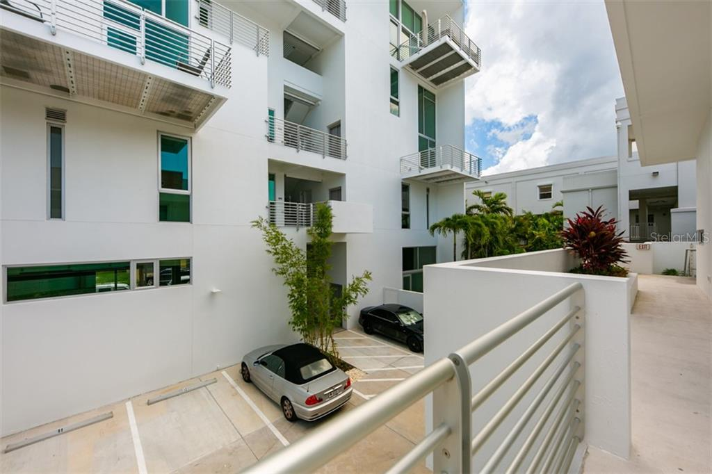 Condo 1350  5TH STREET , SARASOTA for sale - mls# A4415978