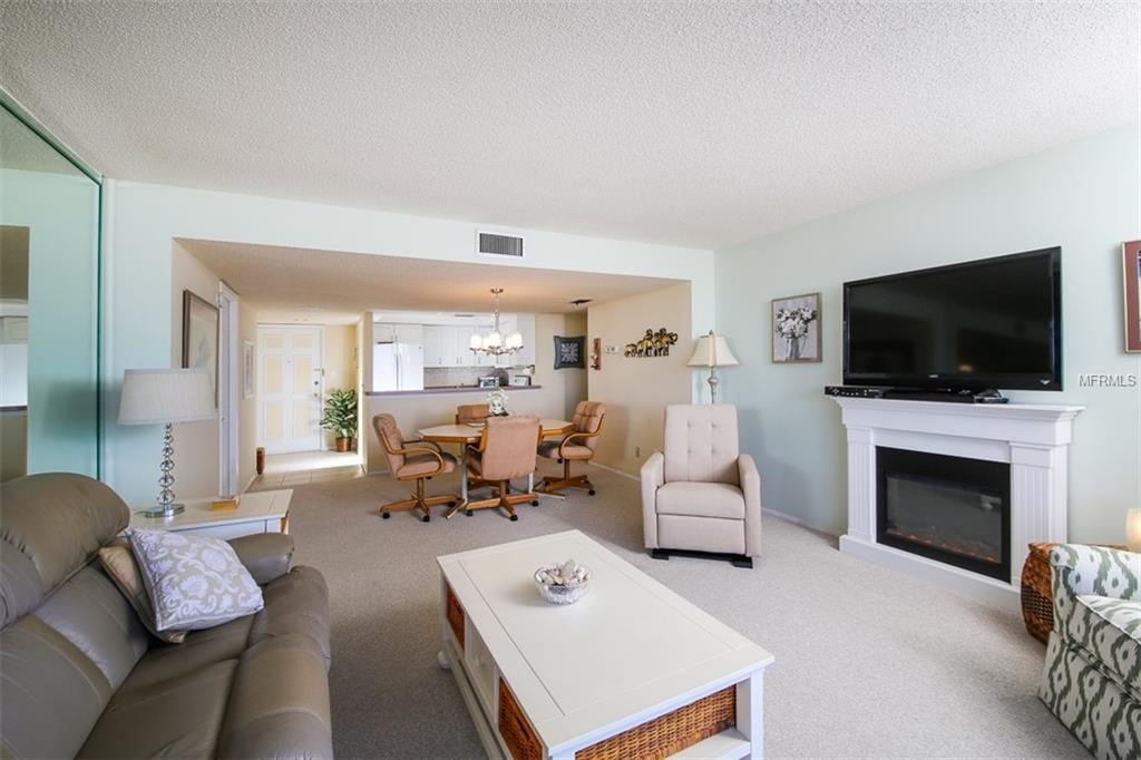 Condo 6415  MIDNIGHT PASS ROAD , SARASOTA for sale - mls# A4416587