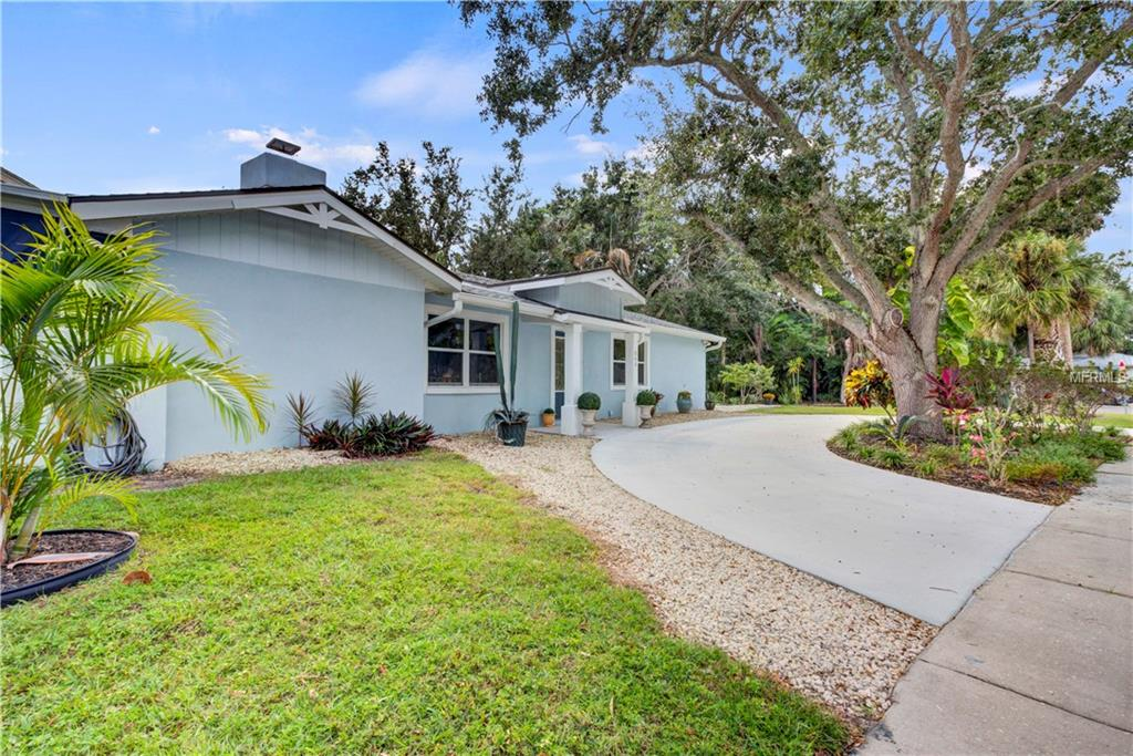 Single Family Home 844  PATTERSON DRIVE , SARASOTA for sale - mls# A4418466