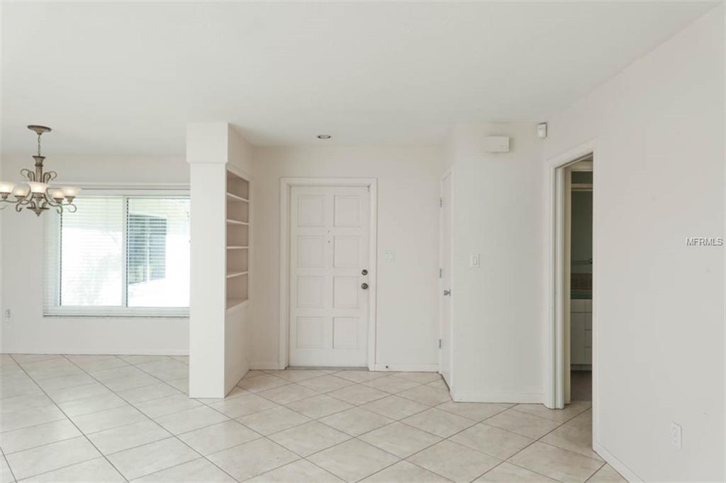 Single Family Home 1910  MID OCEAN CIRCLE , SARASOTA for sale - mls# A4419579