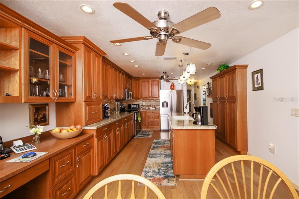 Villa 3873  EL POINIER COURT , SARASOTA for sale - mls# A4420258