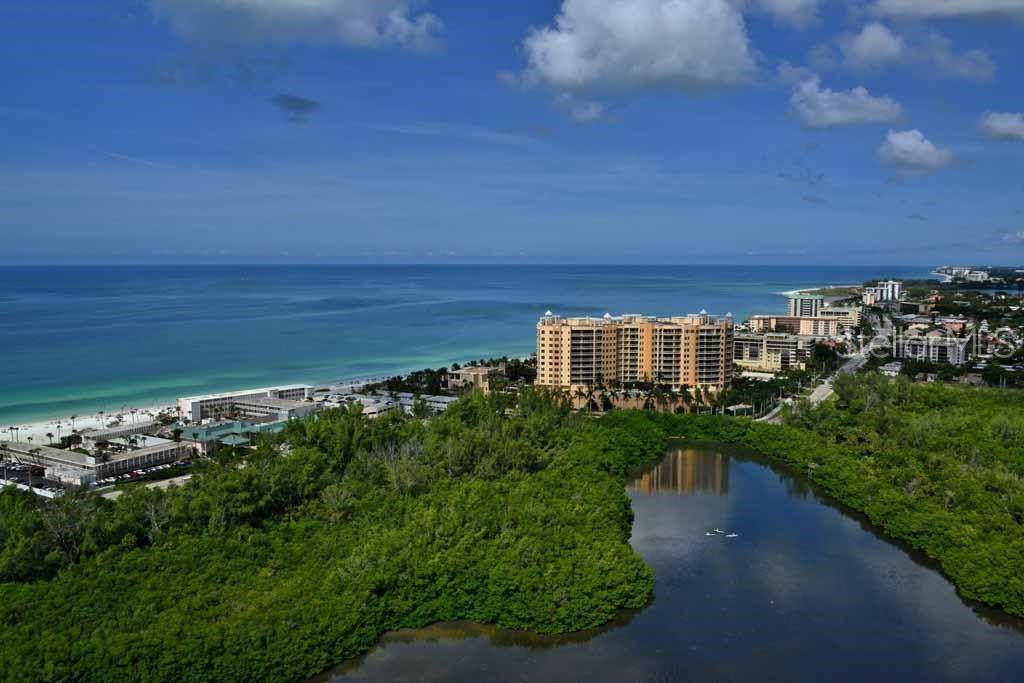 1300 Benjamin Franklin Dr #707 Sarasota Florida 34236
