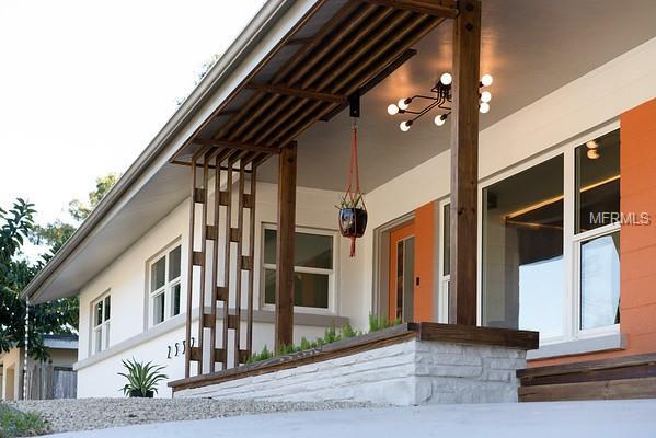 Single Family Home 2532  HIBISCUS STREET , SARASOTA for sale - mls# A4422342