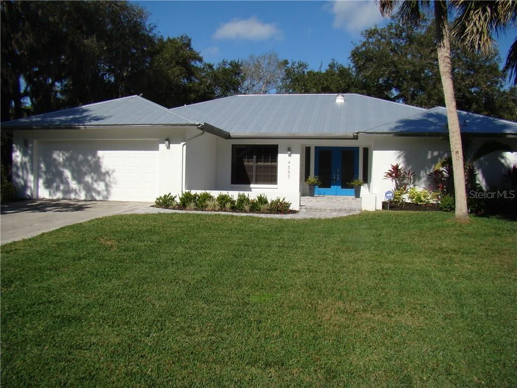 Single Family Home 4685  LITTLE JOHN TRAIL , SARASOTA for sale - mls# A4423002