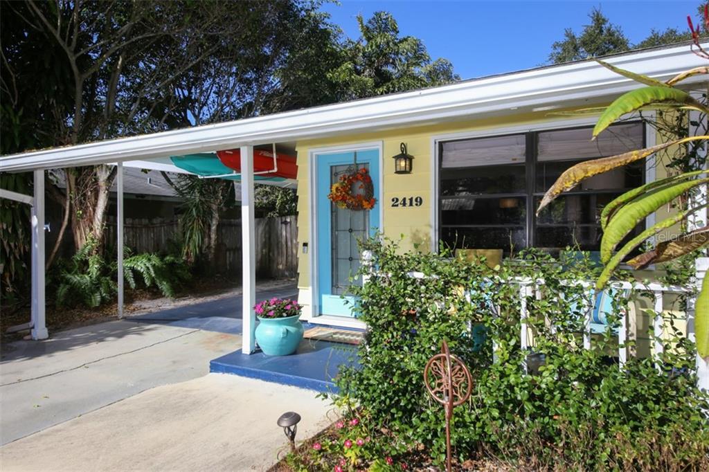 2419 Hillview St Sarasota Florida 34239