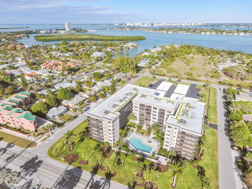 1001 Benjamin Franklin Dr #406 Sarasota Florida 34236