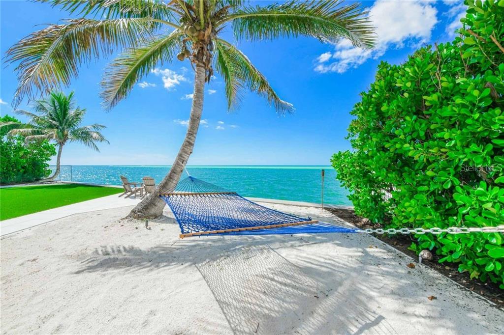 150 Givens St Sarasota Florida 34242