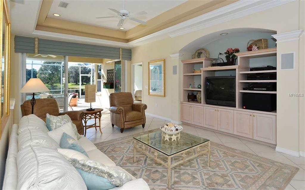 Single Family Home 8110  NICE WAY , SARASOTA for sale - mls# A4424886