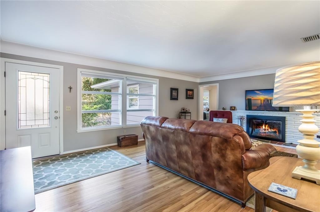 Single Family Home 1804 S ORANGE AVENUE , SARASOTA for sale - mls# A4424954