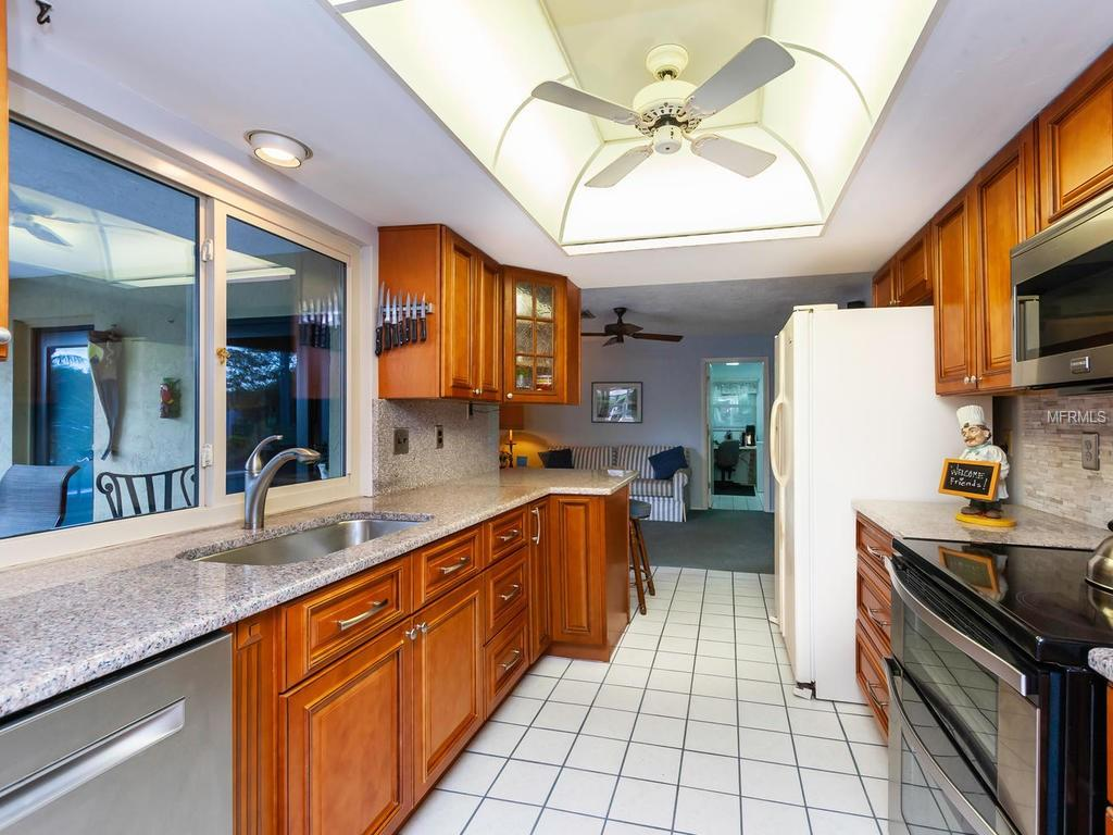 Single Family Home 2824  COVENTRY DRIVE , SARASOTA for sale - mls# A4425904