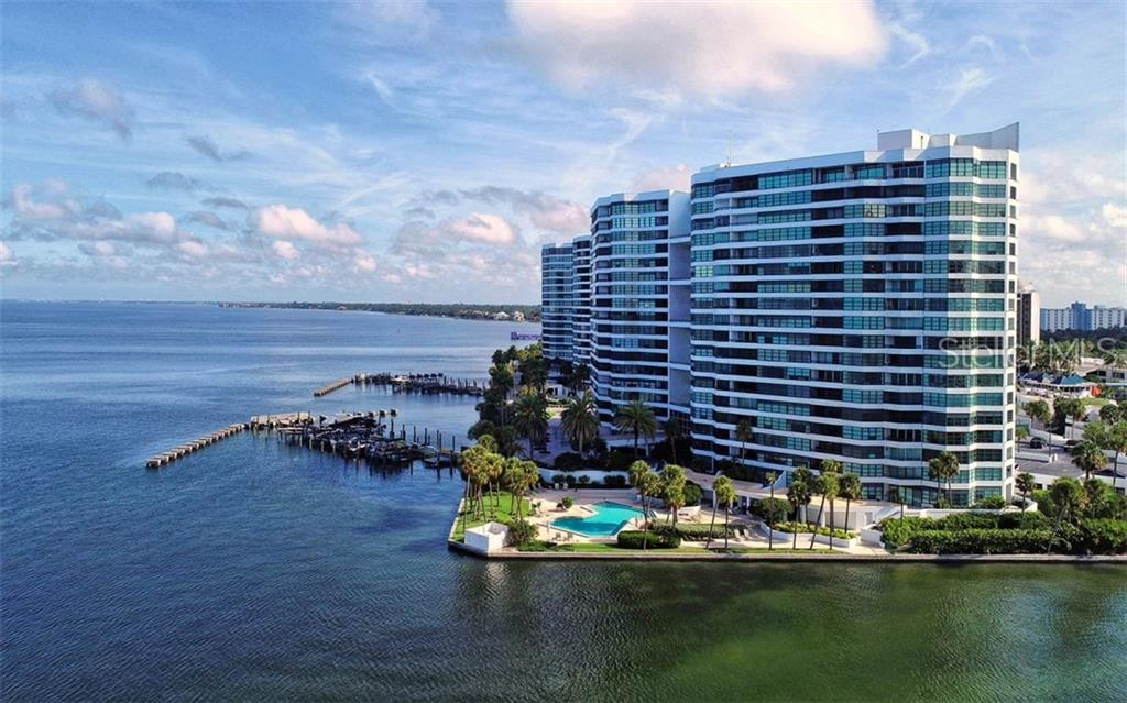Condo 888  BLVD OF THE ARTS  , SARASOTA for sale - mls# A4427800