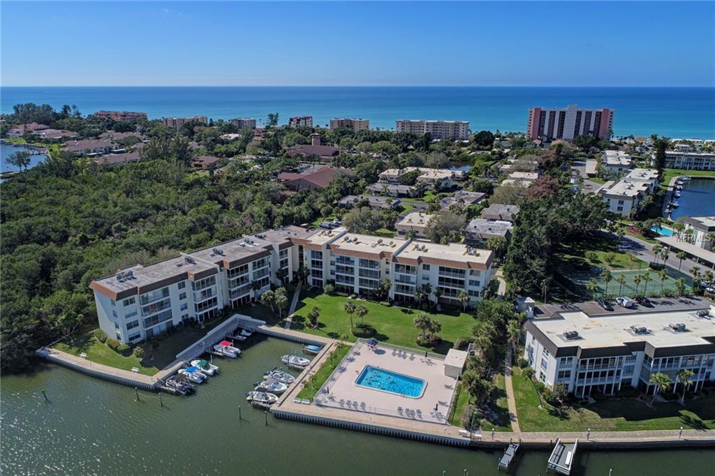 605 Sutton Pl #204 Longboat Key Florida 34228