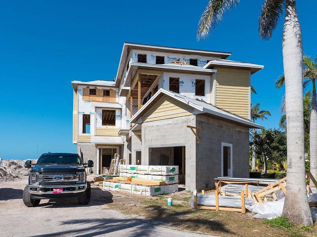 5005 Gulf Of Mexico Dr #2 Longboat Key Florida 34228