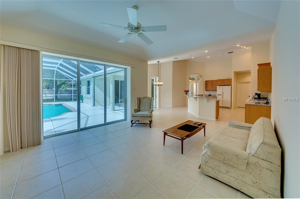 Single Family Home 5572  EASTWIND DRIVE , SARASOTA for sale - mls# A4429035