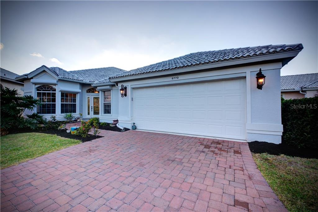 Single Family Home 6770  PASEO CASTILLE  , SARASOTA for sale - mls# A4429366