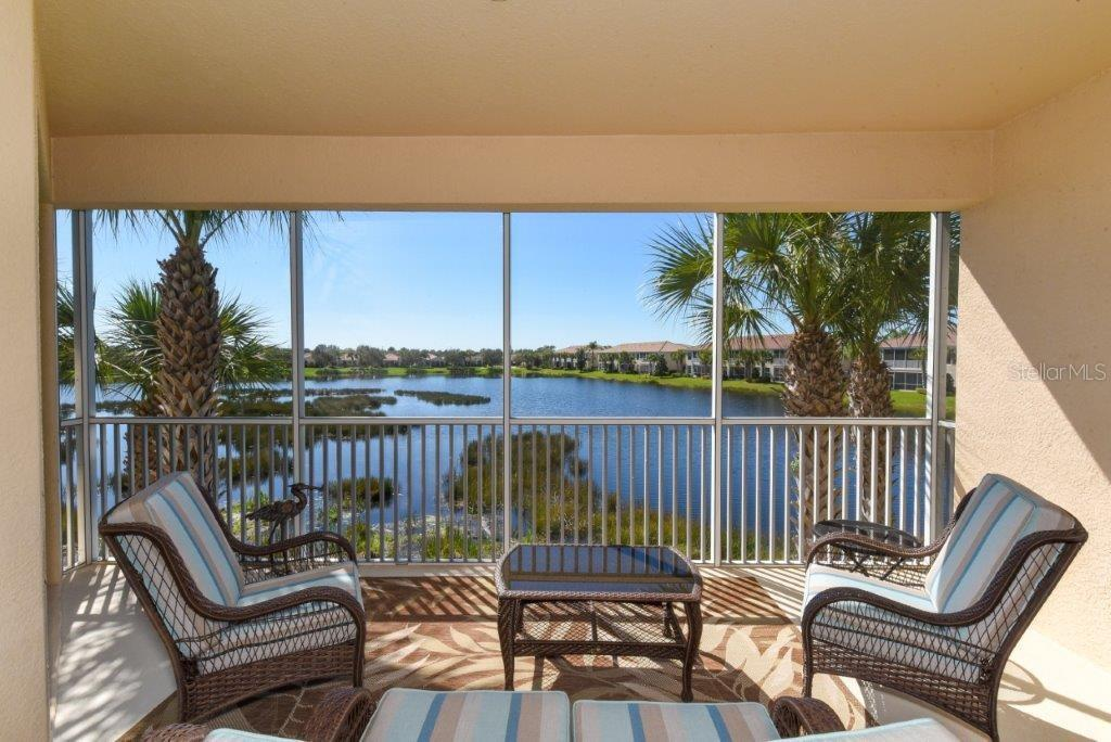Condo 1286  BURGOS DRIVE , SARASOTA for sale - mls# A4429415