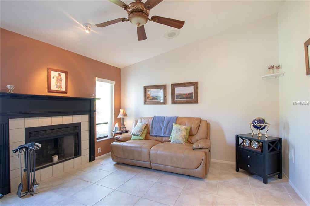 Single Family Home 3716  KINGSTON BOULEVARD , SARASOTA for sale - mls# A4430222