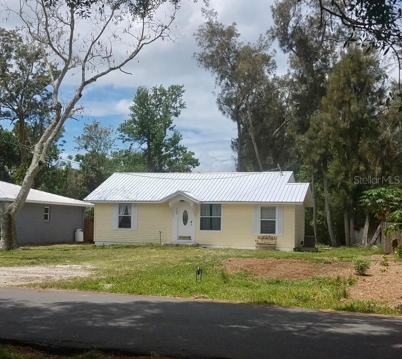 4084 Groveland Ave Sarasota Florida 34231