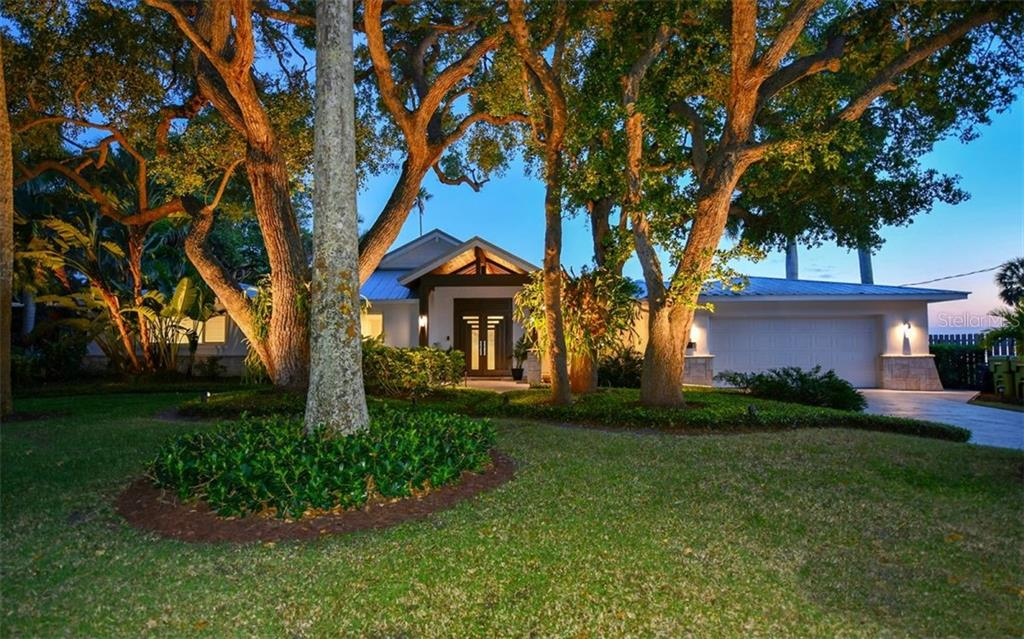 636 Indian Beach Ln Sarasota Florida 34234