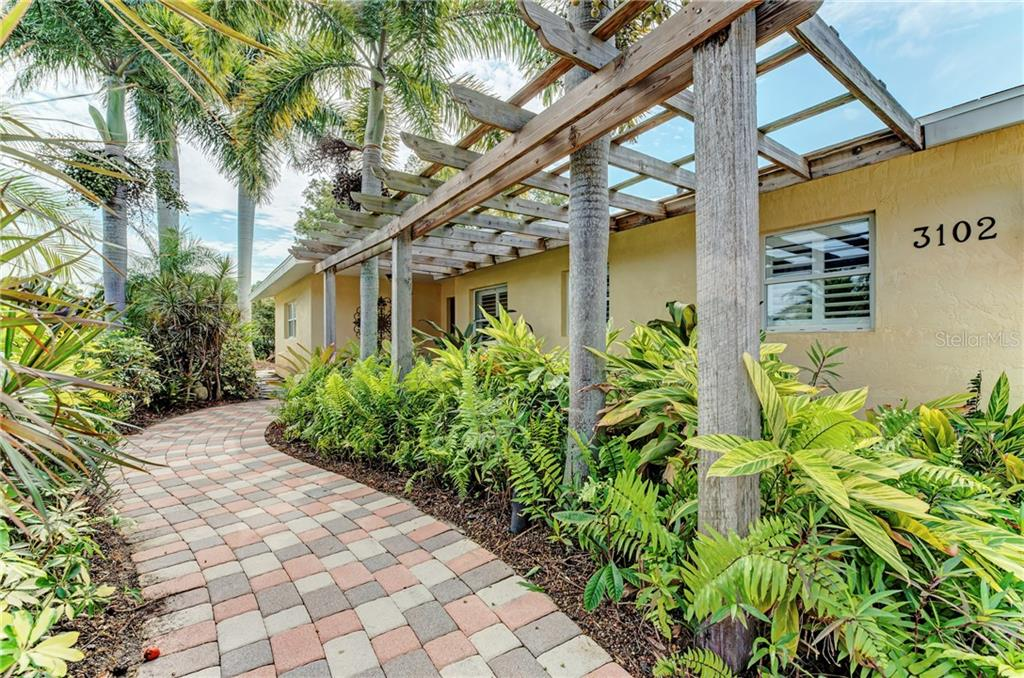 3102 Pinecrest St Sarasota Florida 34239