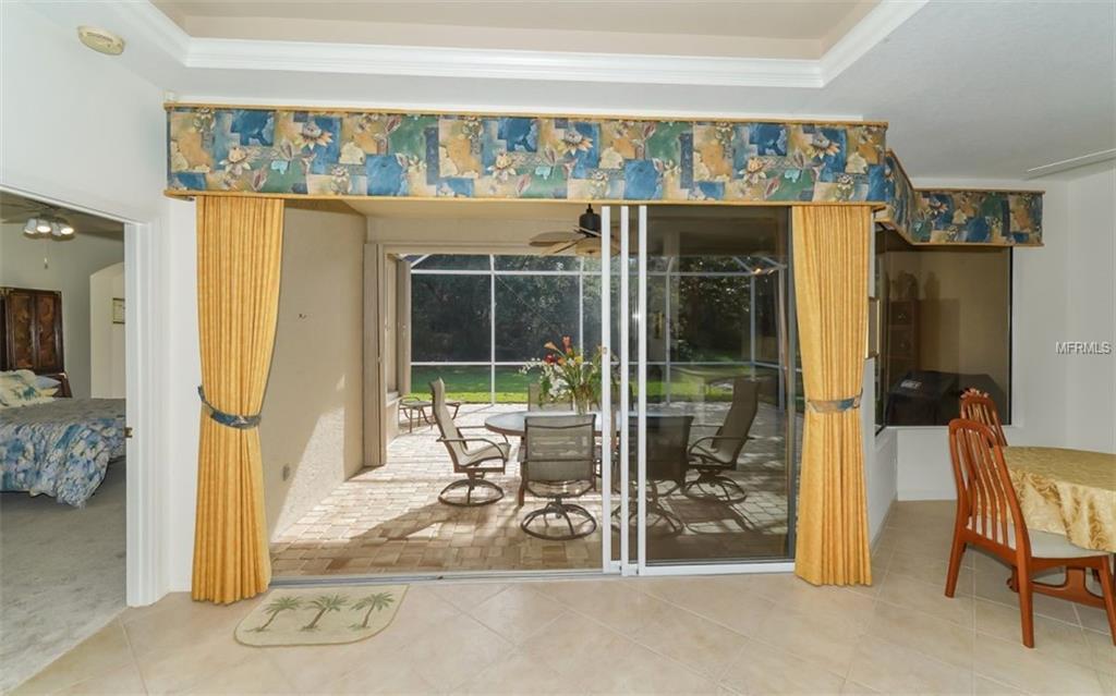Single Family Home 8327  NICE WAY , SARASOTA for sale - mls# A4433355