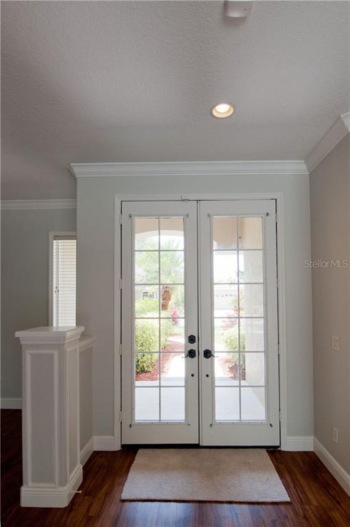Single Family Home 4919  CEDAR OAK WAY , SARASOTA for sale - mls# A4433504