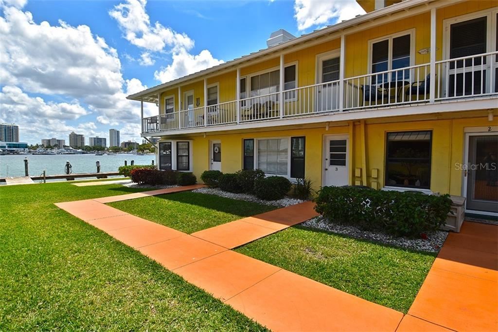 522 Golden Gate Pt #1 Sarasota Florida 34236