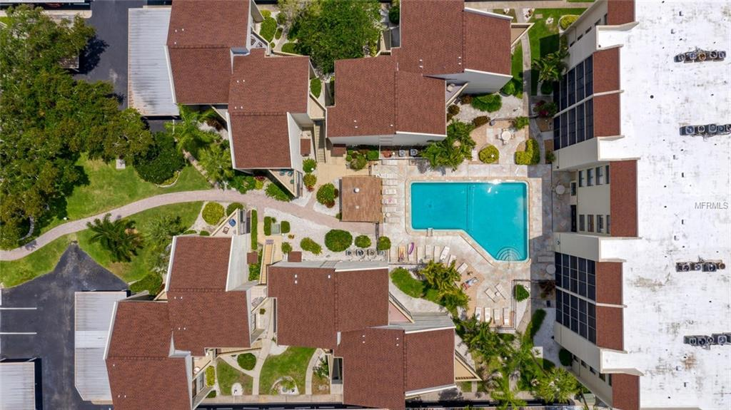 Condo 6157  MIDNIGHT PASS ROAD , SARASOTA for sale - mls# A4435468