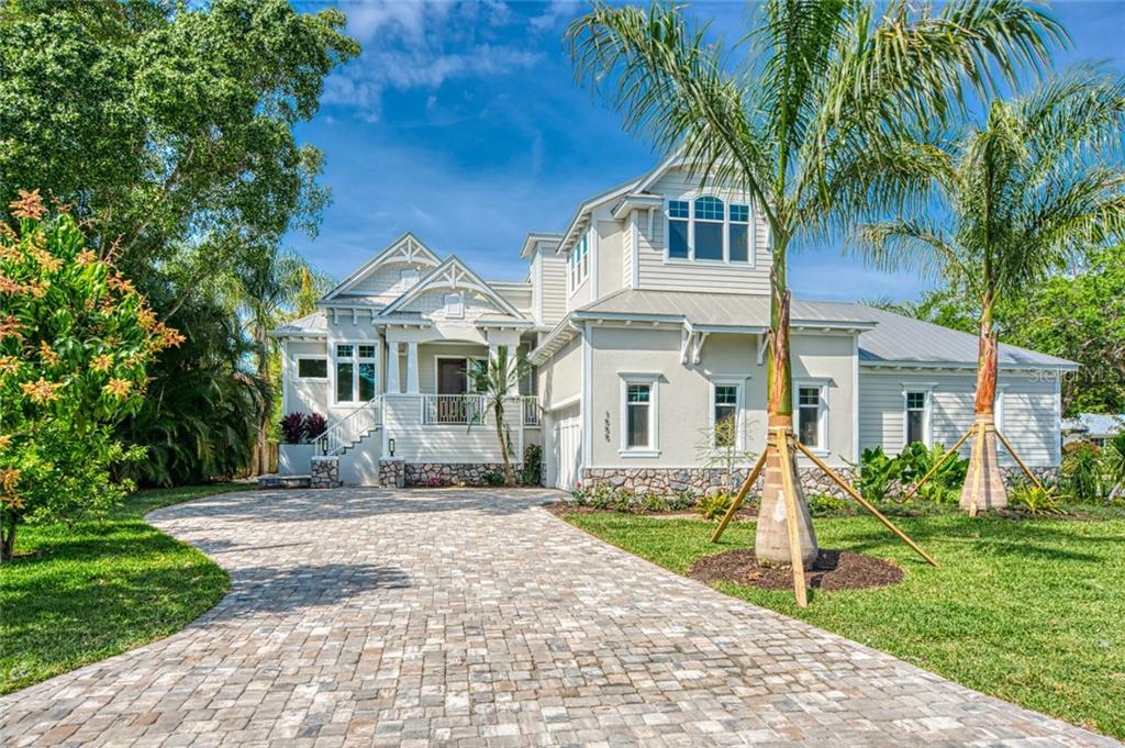 1555 Sandpiper Ln Sarasota Florida 34239