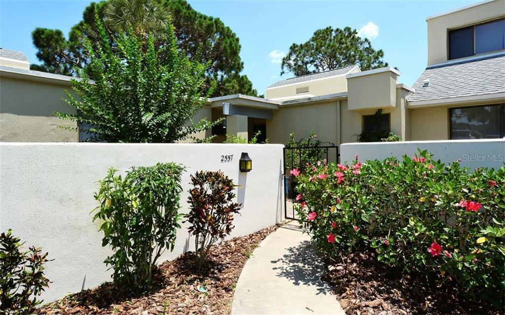 2557 Glebe Farm Close #i-4 Sarasota Florida 34235
