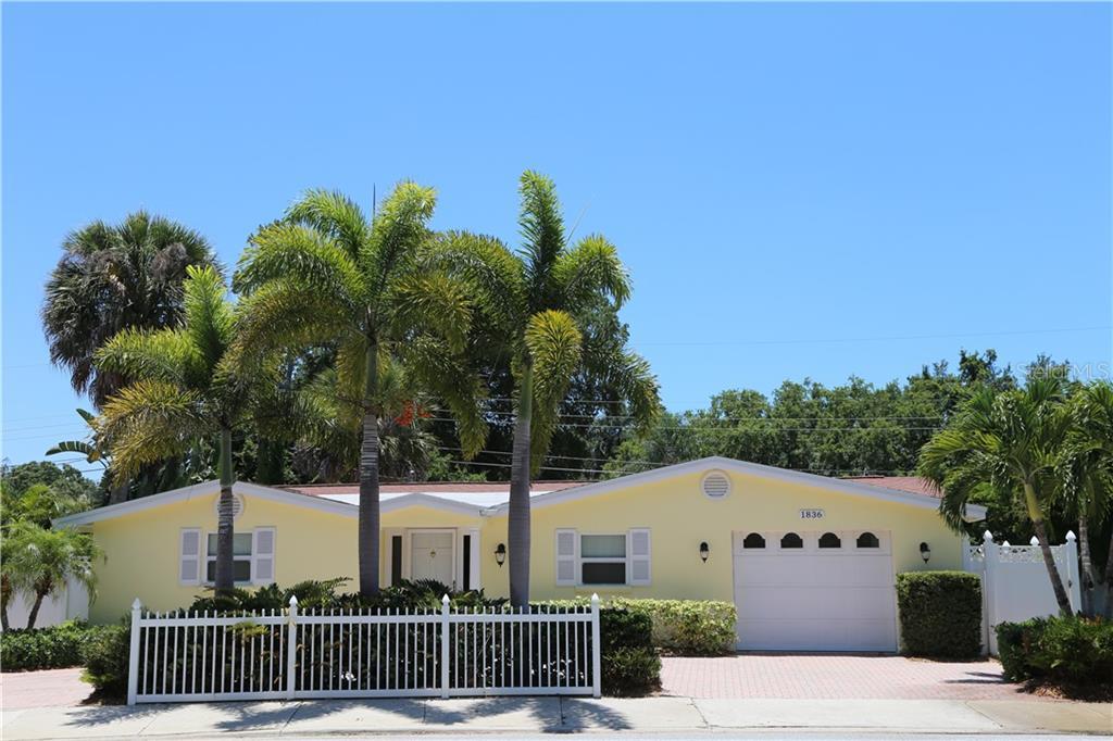 1836 Siesta Dr Sarasota Florida 34239
