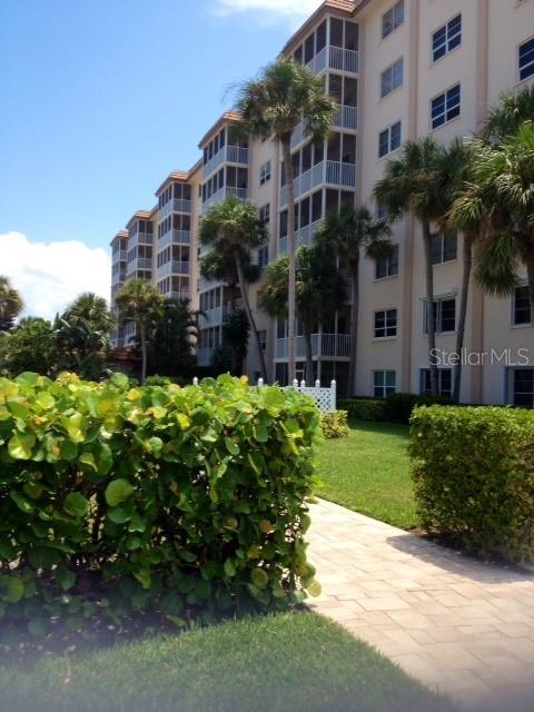 800 Benjamin Franklin Dr #202 Sarasota Florida 34236