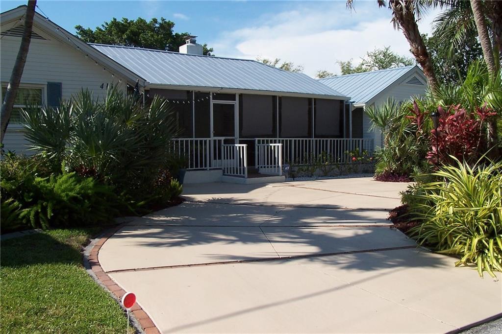413 Cleveland Dr Sarasota Florida 34236