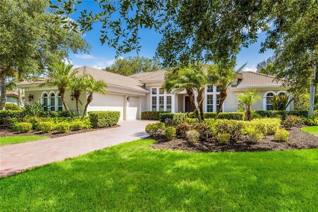 Single Family Home 8986  ROCKY LAKE COURT , SARASOTA for sale - mls# A4438821
