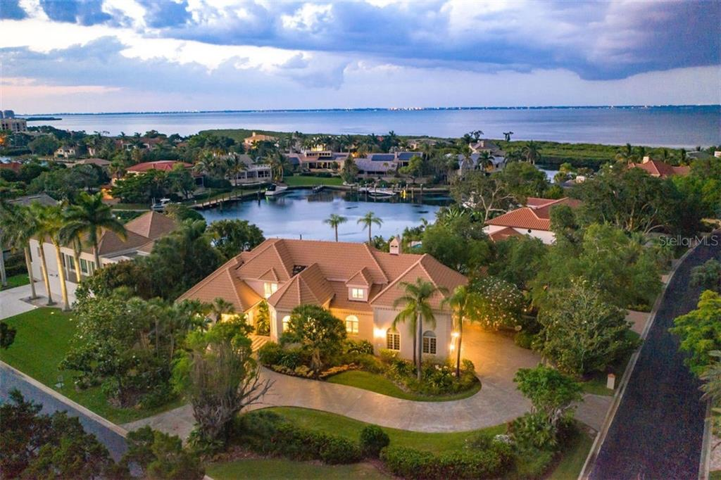 501 Harbor Point Rd Longboat Key Florida 34228