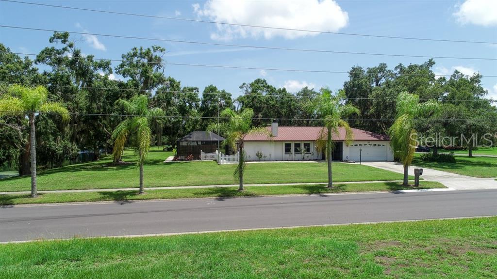 2201 Shadow Oaks Rd Sarasota Fl 34240 SARASOTA