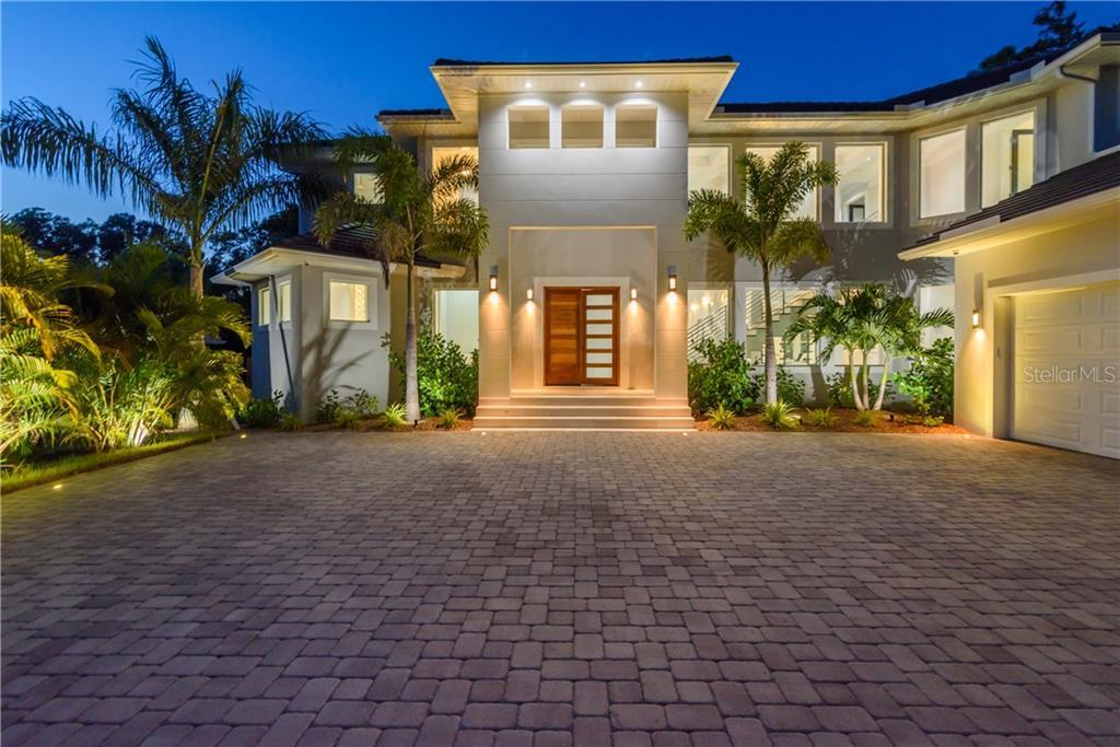 1621 N Lake Shore Dr Sarasota Florida 34231