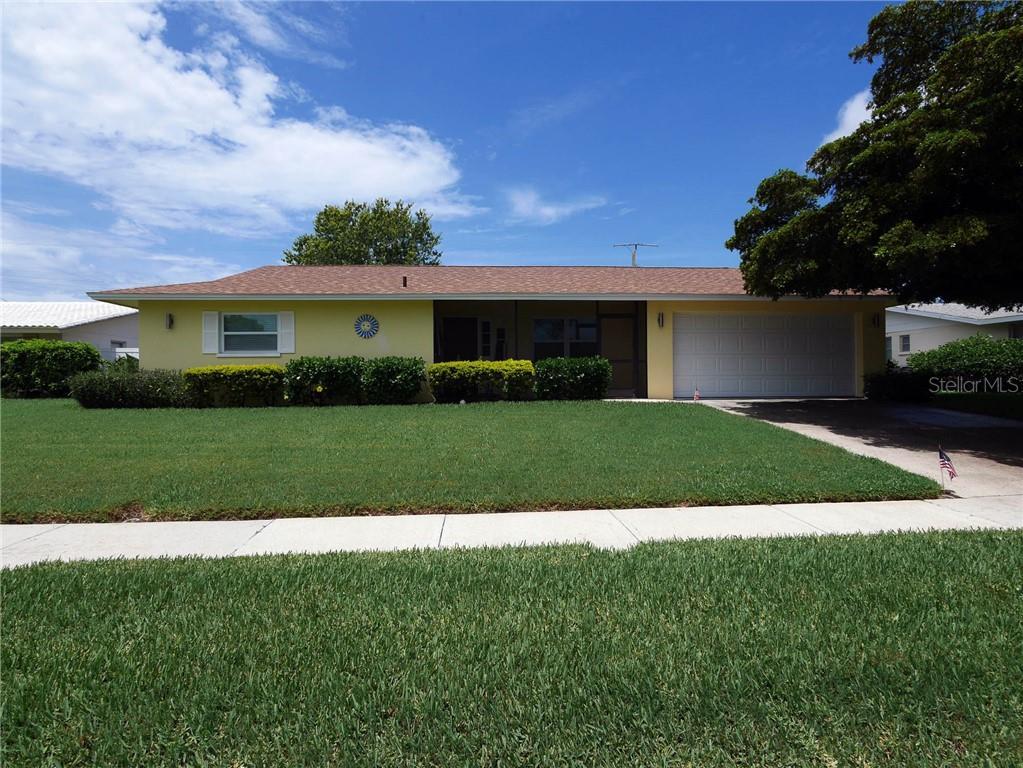 3303 Kenmore Dr Sarasota Florida 34231