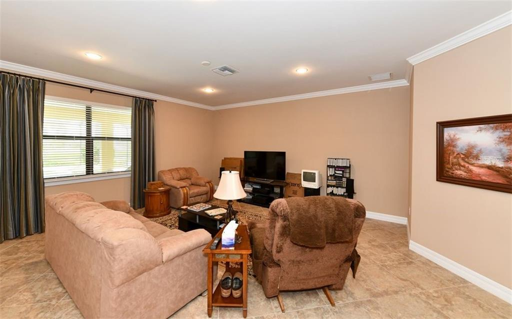 Single Family Home 11164  ROSEATE COURT , SARASOTA for sale - mls# A4441467