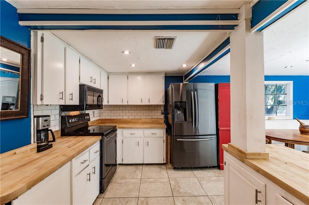 Single Family Home 355  MYAKKA ROAD , SARASOTA for sale - mls# A4443393