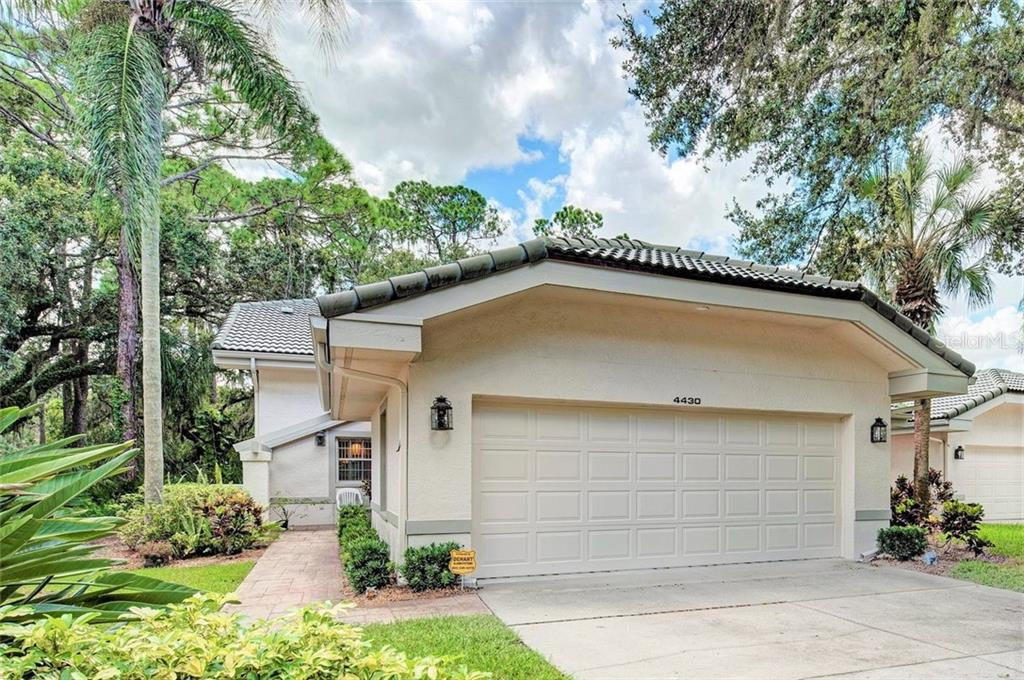 4430 Whisperwood #10 Sarasota Florida 34235