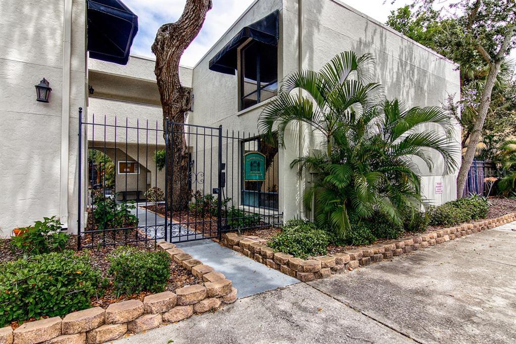 1542 Oak St #5 Sarasota Florida 34236