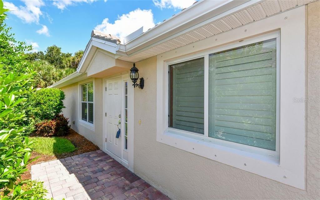 Single Family Home 5870  GUARINO DRIVE , SARASOTA for sale - mls# A4445250