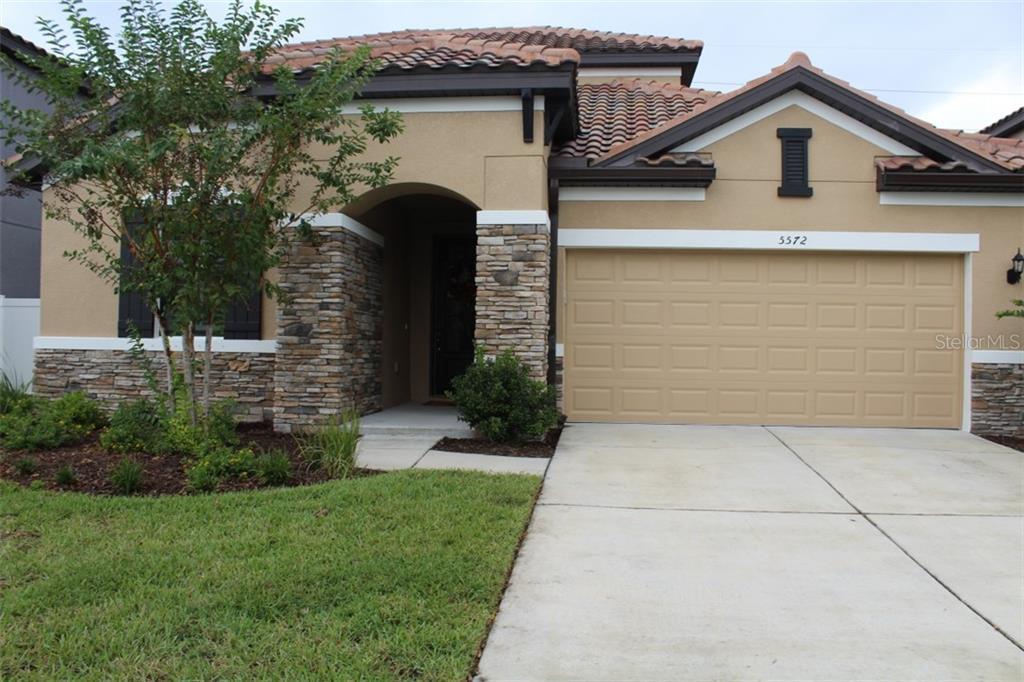 Single Family Home 5572  FOXTAIL PALM LANE , SARASOTA for sale - mls# A4445712