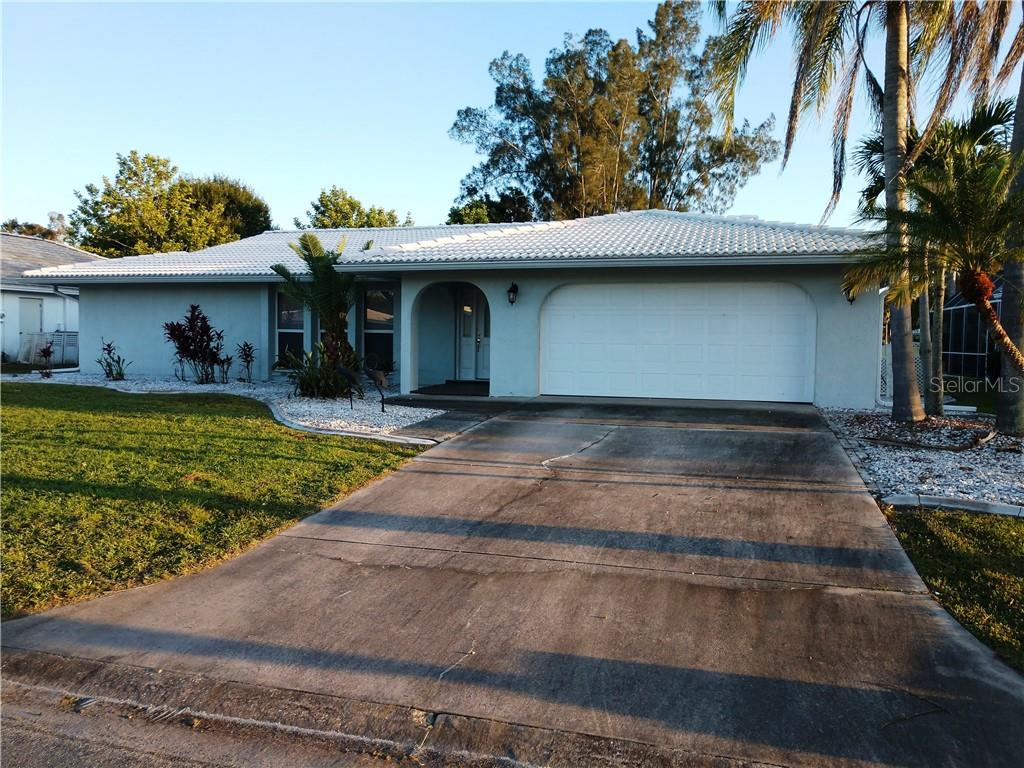 3235 Village Green Dr Sarasota Florida 34239